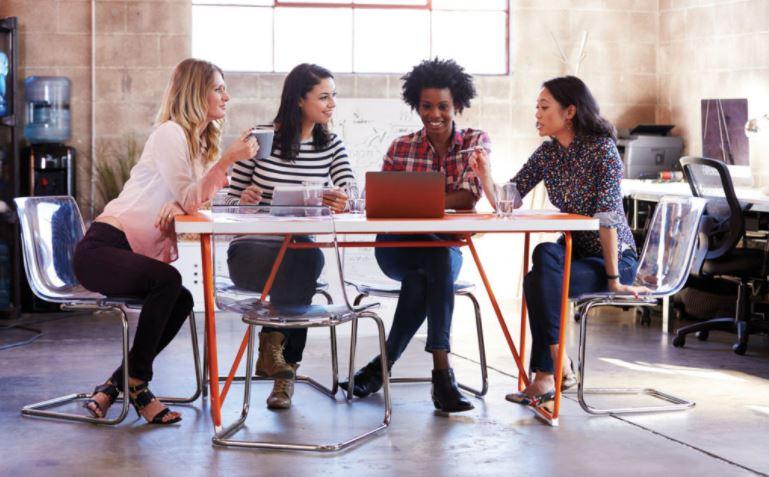 As mulheres que trabalham pela Lei do MMN nos EUA