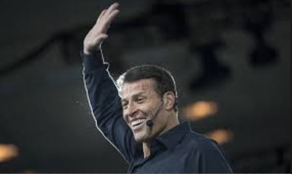 Hinode fecha patrocínio do maior Treinador do Mundo: Tony Robbins